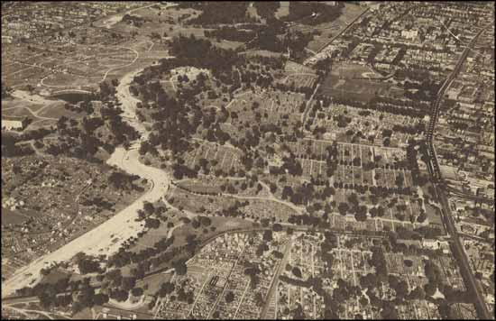 Aerial-view-Cypress-Hills-Cemetery
