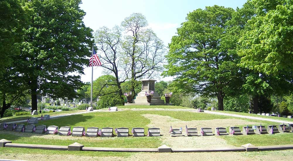 Memorial-Mound2