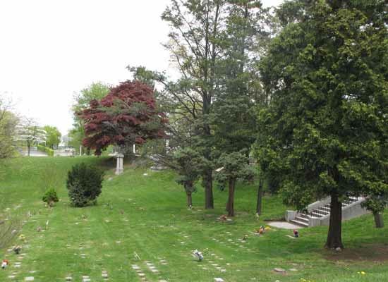Urn-Gardens1